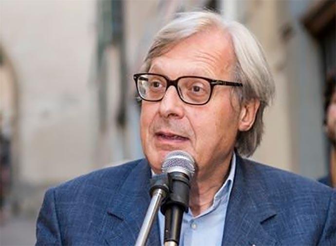 Vittorio Sgarbi Annuncia Larrivo A Bisceglie Per Libri Nel Borgo